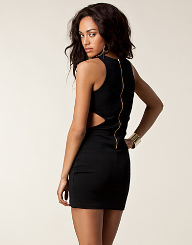 FESTKLÄNNINGAR - ELISE RYAN / MELANIE CUT OUT DRESS - NELLY.COM