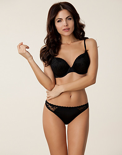 HELA SET - MARIE MEILI / NORA WOW BUST THONG SET - NELLY.COM
