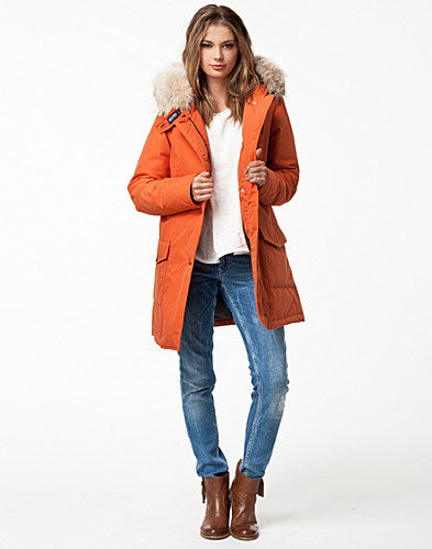 JACKOR - WOOLRICH / W'S BYRD CLOTH PARKA - NELLY.COM