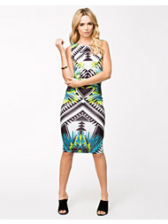 Lipsy Kardashian Shift Dress