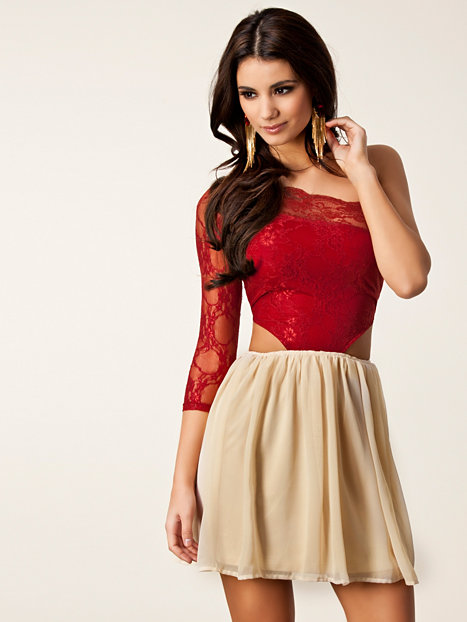 Get the latest womens fashion online at lasourisglobe-trotteuse.tk From dresses to occasion, evening and wedding dress options we have it all.