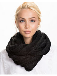Vila London Knit Scarf