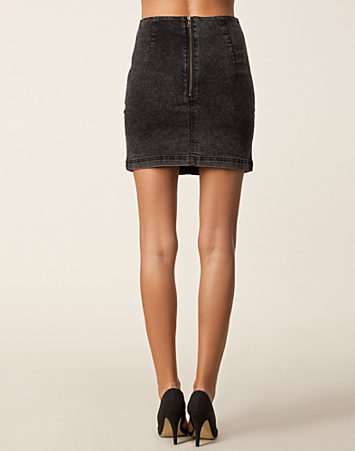 KJOLAR - MINIMUM / PAREEL SKIRT - NELLY.COM
