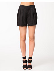 Minimum Sarina Shorts