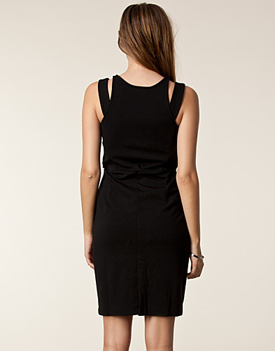 KLÄNNINGAR - RUT&CIRCLE / PRICE LUCY DRESS - NELLY.COM