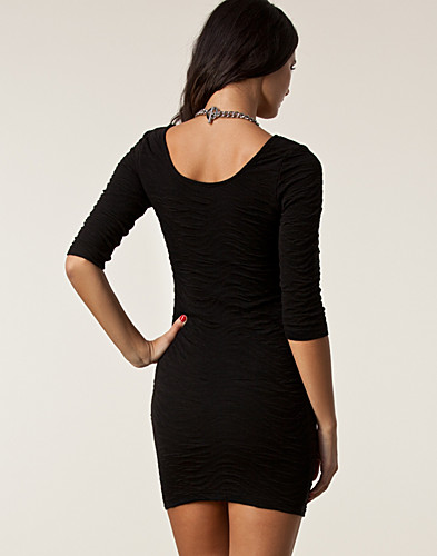 KLÄNNINGAR - RUT&CIRCLE / CAMPBELL 3/4 DRESS - NELLY.COM