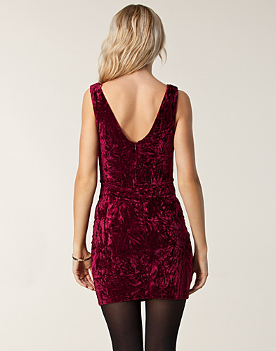 PARTY DRESSES - RUT&CIRCLE / PANSY VELVET DRESS - NELLY.COM