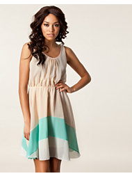 Rut&Circle Cydnee Dress