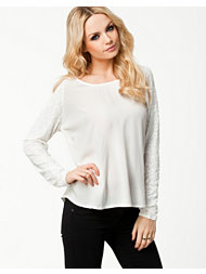 Rut&Circle Lisa Seq Sleeve Blouse
