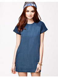 Rut&Circle Phoebe Denim Dress