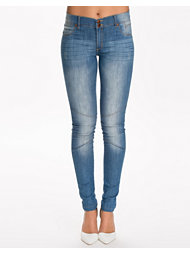 Rut&Circle Seam Normal Jeans
