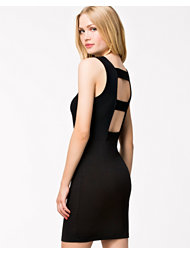 Rut&Circle Price Elma Back Open Dress