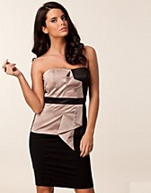 SATIN FAN BUSTIER TOP