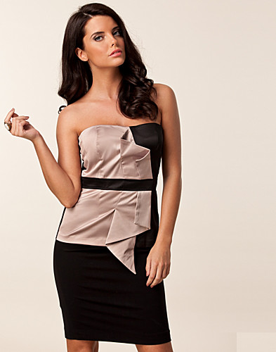 TOPS - ELISE RYAN / SATIN FAN BUSTIER TOP - NELLY.COM