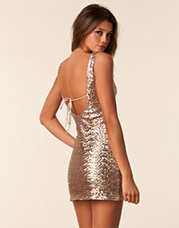Elise Ryan - Sequin Low Back Dress