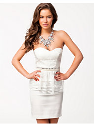 Elise Ryan Bandeau Lace Peplum Dress