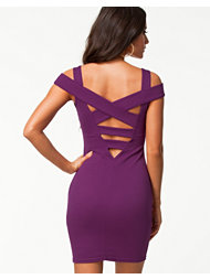 Elise Ryan Cold Shoulder Bodycon Dress