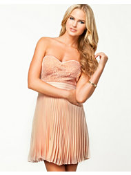 Elise Ryan Lace Pleated Bandeau Dress