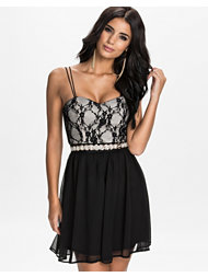 Elise Ryan Strap Embellished Waist Dress