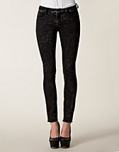 MONA RAW EDGE JEANS
