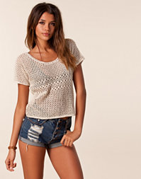Only - Lisa Short Knit Top