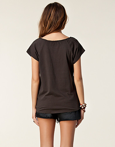 TOPS - ONLY / STAY SS TOP - NELLY.COM