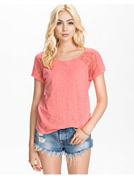 Only Signe Lace Top