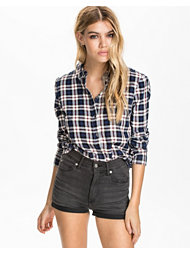 Only Plaid Cropped Shirt