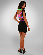 Quontum - Strappy Back Dress