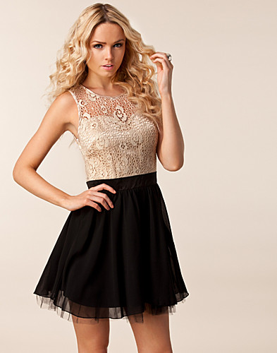 FESTKLÄNNINGAR - LITTLE MISTRESS / PATZY LACE TOP DRESS - NELLY.COM