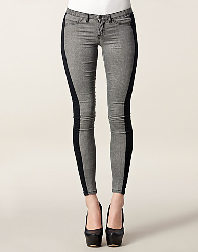 JEANS - SORT DENIM / VENEDIG JEGGINGS - NELLY.COM