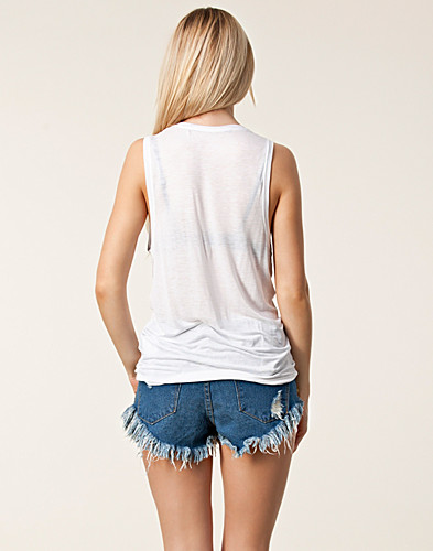 TOPPAR - JUST FEMALE / TWO FEATHER TANK TOP - NELLY.COM