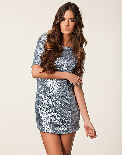 FESTKJOLER - THE WARDROBE / LISA SEQUINS DRESS - NELLY.COM