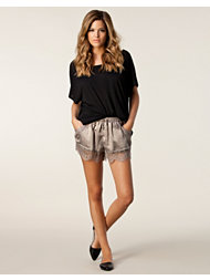 Traffic People Lace Shorts