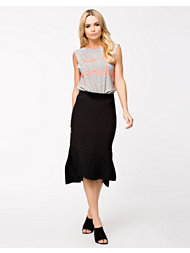 Closet Side Splits Midi Skirt