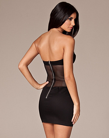 FESTKLÄNNINGAR - THREE LITTLE WORDS / MESH BACK CUP DRESS - NELLY.COM