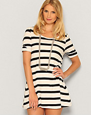 Vero Moda - Swuge Stripe Button Top