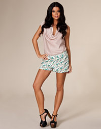 Vero Moda - Papilo Mini Shorts