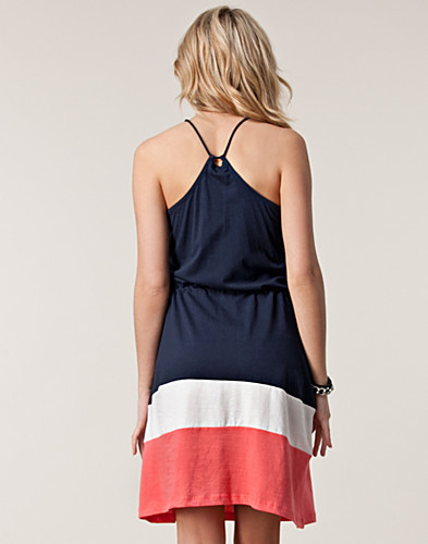 DRESSES - VERO MODA / CINNAMON ABOVE KNEE DRESS - NELLY.COM