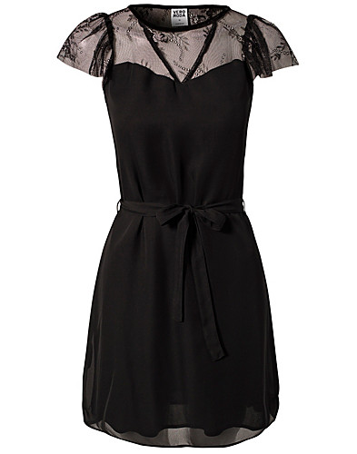 KLÄNNINGAR - VERO MODA / WALLEY SHORT DRESS - NELLY.COM