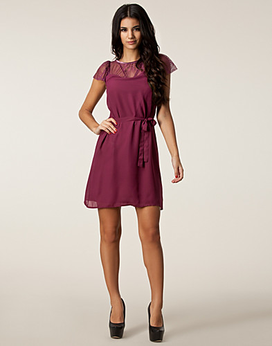 DRESSES - VERO MODA / WALLEY SHORT DRESS - NELLY.COM