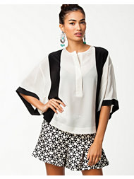 By Malene Birger Sohni Shirt