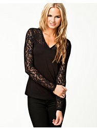 Vero Moda Loria Lace Top