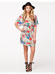 Vero Moda Flower Joe Tunic