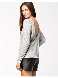 Vero Moda Engle Drop Back Knit