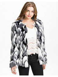 Vero Moda Wing Short Fake Fur