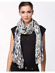 Pieces Sherrya Long Scarf