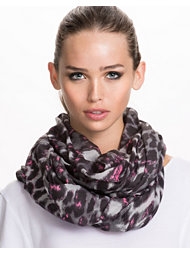 Pieces Mereta Tube Scarf