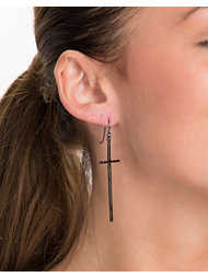 Pieces Camusa Earrings
