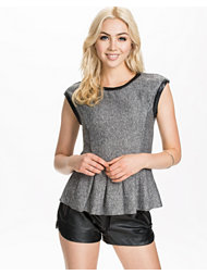 Object Sarah Sweat Top